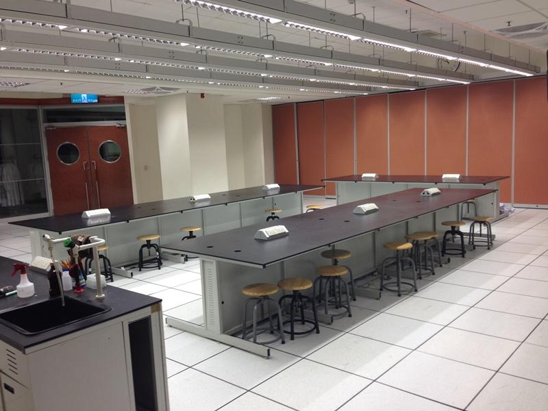 地科實驗室(一)前
